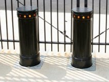 automatic-anti-ramming-bollards_m